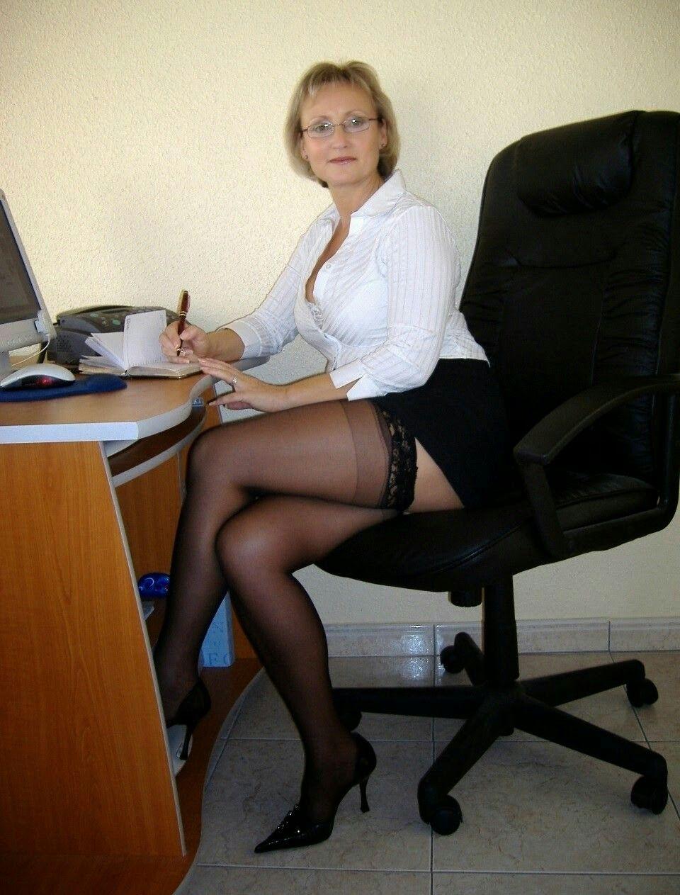 pinnicola ioan on mature sexy | pinterest | woman