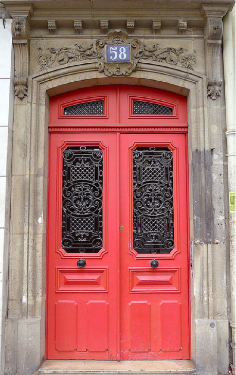 Coral Love The Blue And White Door Numbering On So Many Of These Pictures Coral Front Doors Coral Door Paris Door