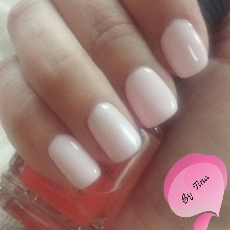 DnD Gel Polish In Ballet Pink