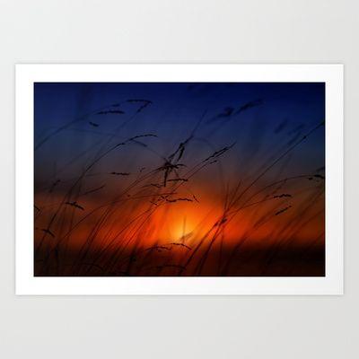 Con las últimas luces Art Print by Unaciertamirada - $18.72