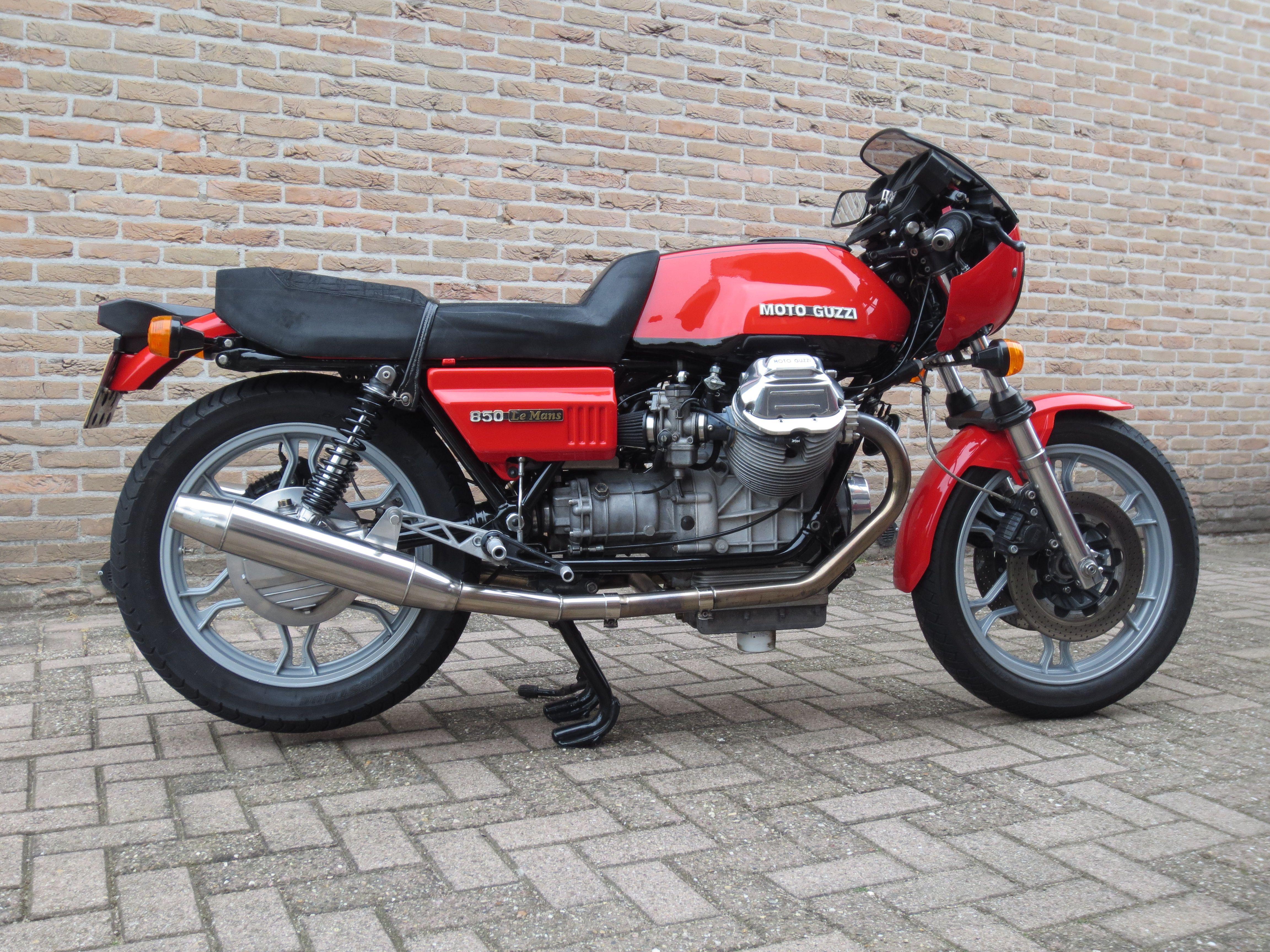 moto guzzi 850 le mans cafe racer pinterest italien classique italien et classique. Black Bedroom Furniture Sets. Home Design Ideas
