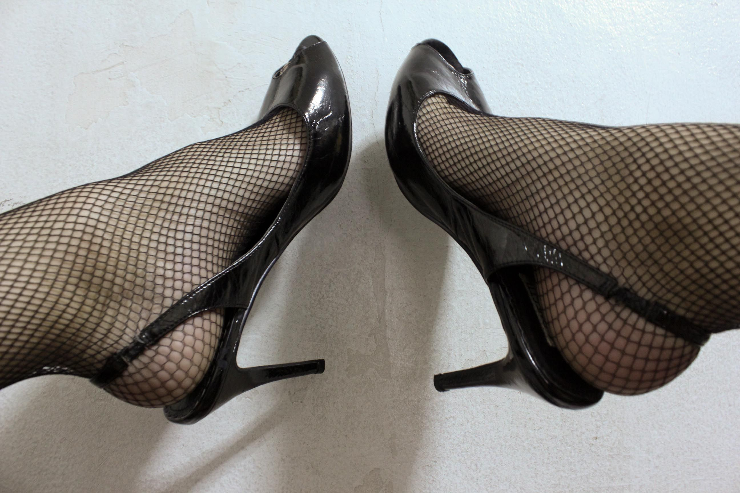 Pin By Bunter On Tights And High Heels Heels Stockings Heels Pantyhose