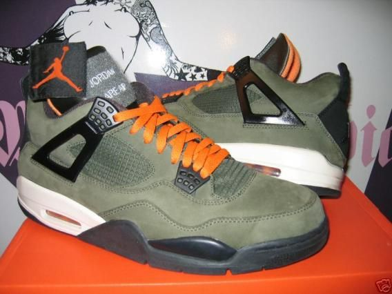ab3e55aa3c7 Air Jordan 4 Undefeated-Olive suede | Cool looking shoes ! | Air ...