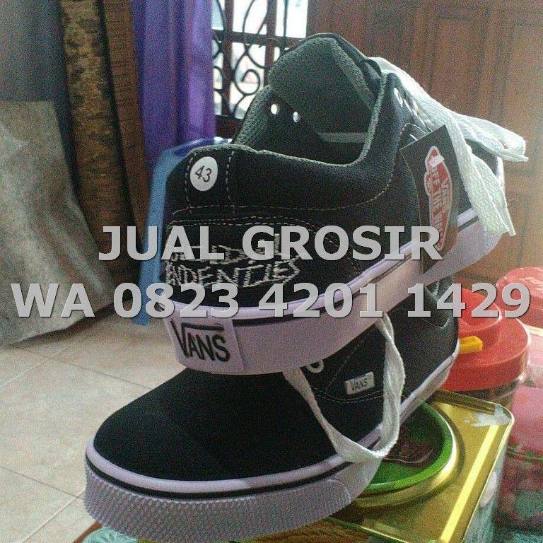 Wa 0823 4201 1429 Grosir Sepatu Olahraga Di Bandung Sepatu Pria
