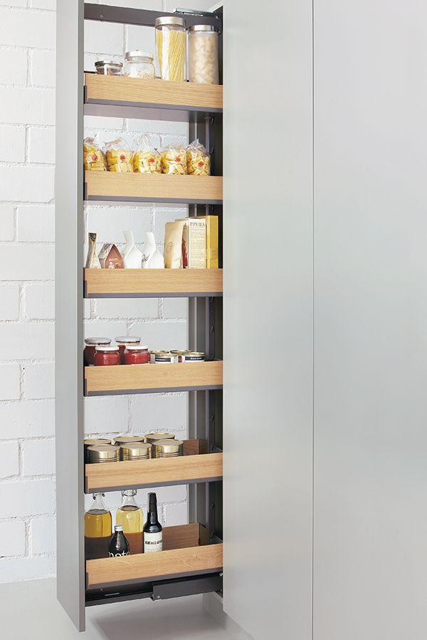 Apothekerschrank und Küchenschrank mit Frontauszug für die