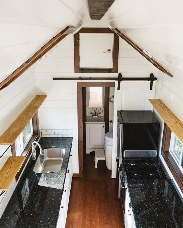 Pin for Later: 31 Lavish Reasons Why We Want to Move into a Tiny Home Granite Countertops Granite countertops are a great way to elevate your kitchen space, even in a tiny home.