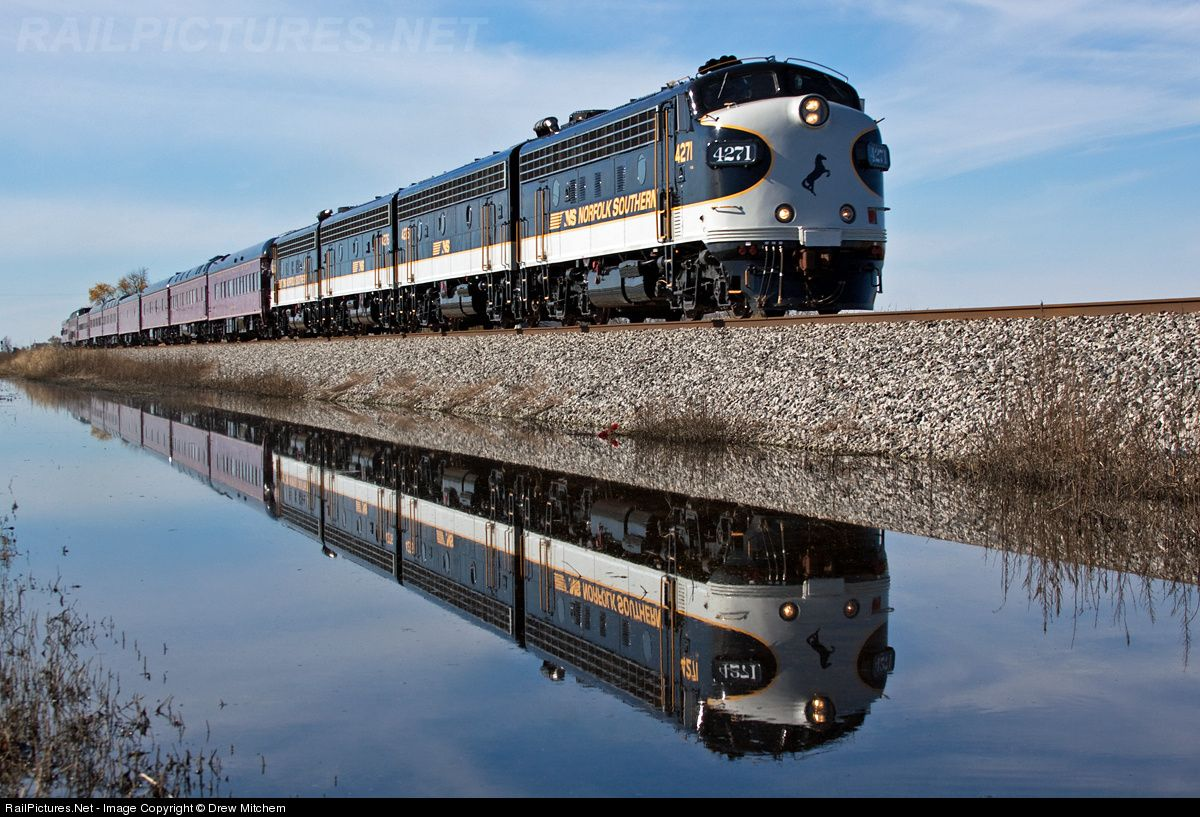 RailPictures.Net Photo: 4271 Norfolk Southern EMD F9(A) at Illiopolis, Illinois by Drew Mitchem