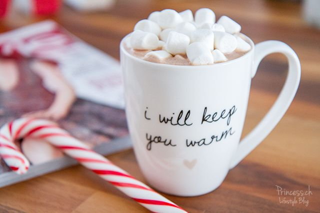 Nutella Hot Chocolate with Mini Marshmellows and Cinnamon! Absolutly yummi!