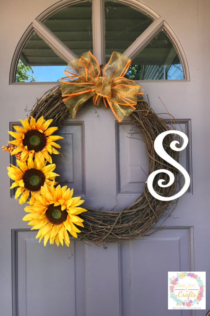 Photo of Simple sunflower wreath