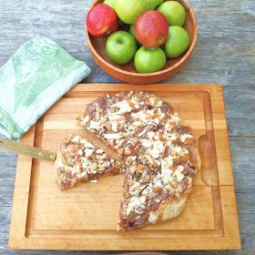 The Alchemist: The Ultimate Caramel Apple Pizza