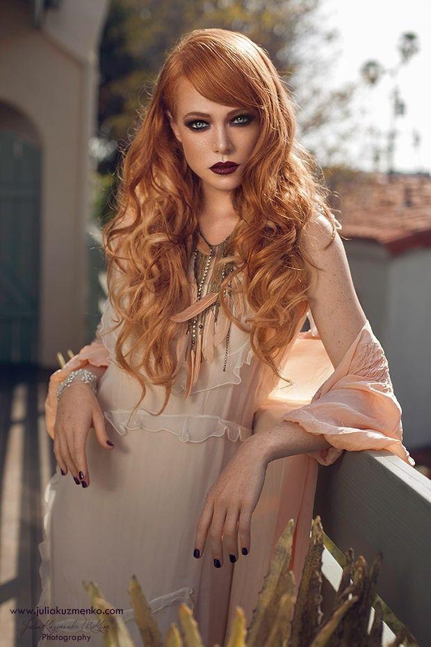 hartleys-julia-busty-redhead-babes