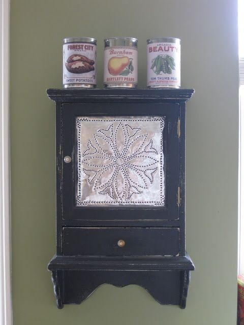 Make your own 'Vintage Can' idea from That Mommy Blog: Vintage Canning Decor