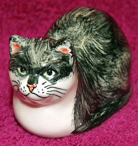 Hand Painted Black & White Pottery Cat