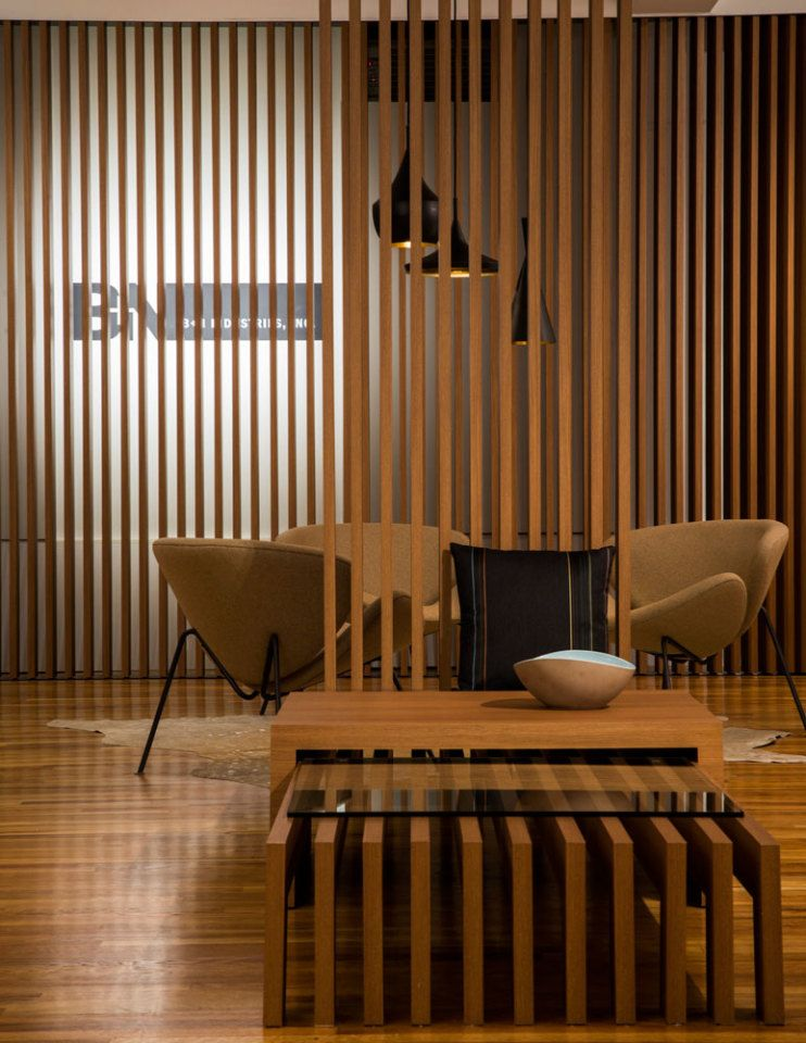 Fortina for B+N is a remarkable architectural system that will fool your senses: replicating wood slats and Louvers with aluminum and a hyper-realistic non-pvc surface.