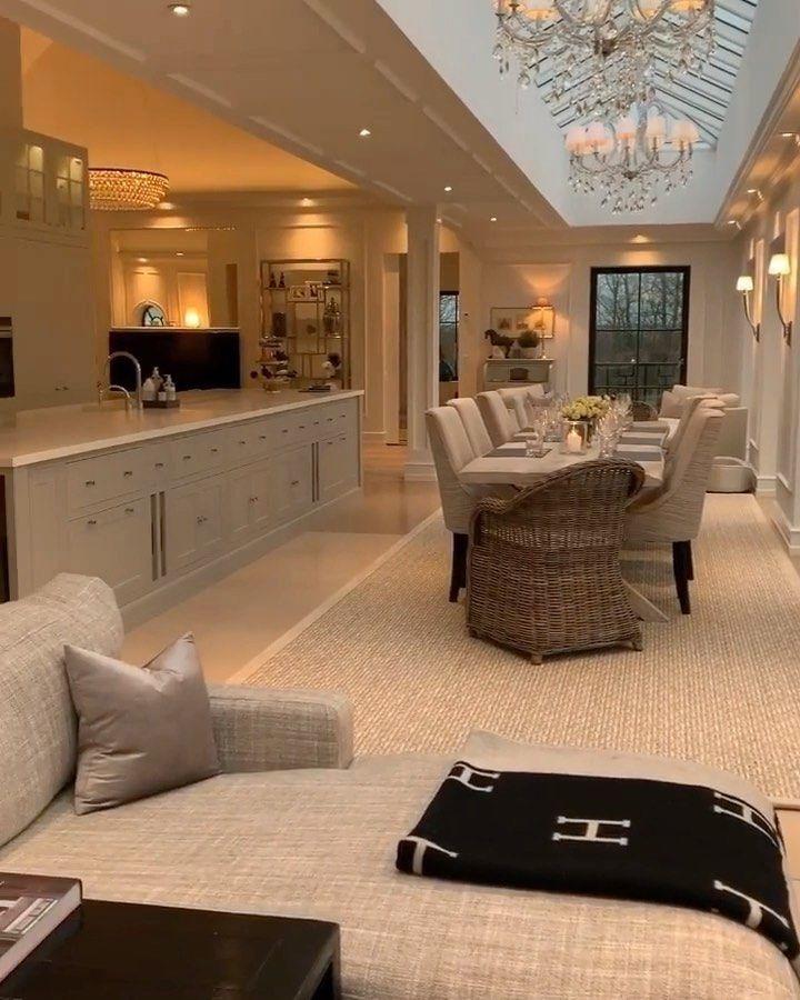 "Interior Design & Home Decor on Instagram: ""Absolutely stunning design 😍😍🥰🥰❣️❣️❣️🌸💕🤗🤗💓 . . . Credit @swanfieldliving 🥰 .. .  #mynordicroom #nordikspace #scandinavianhomes #inspohome…"""