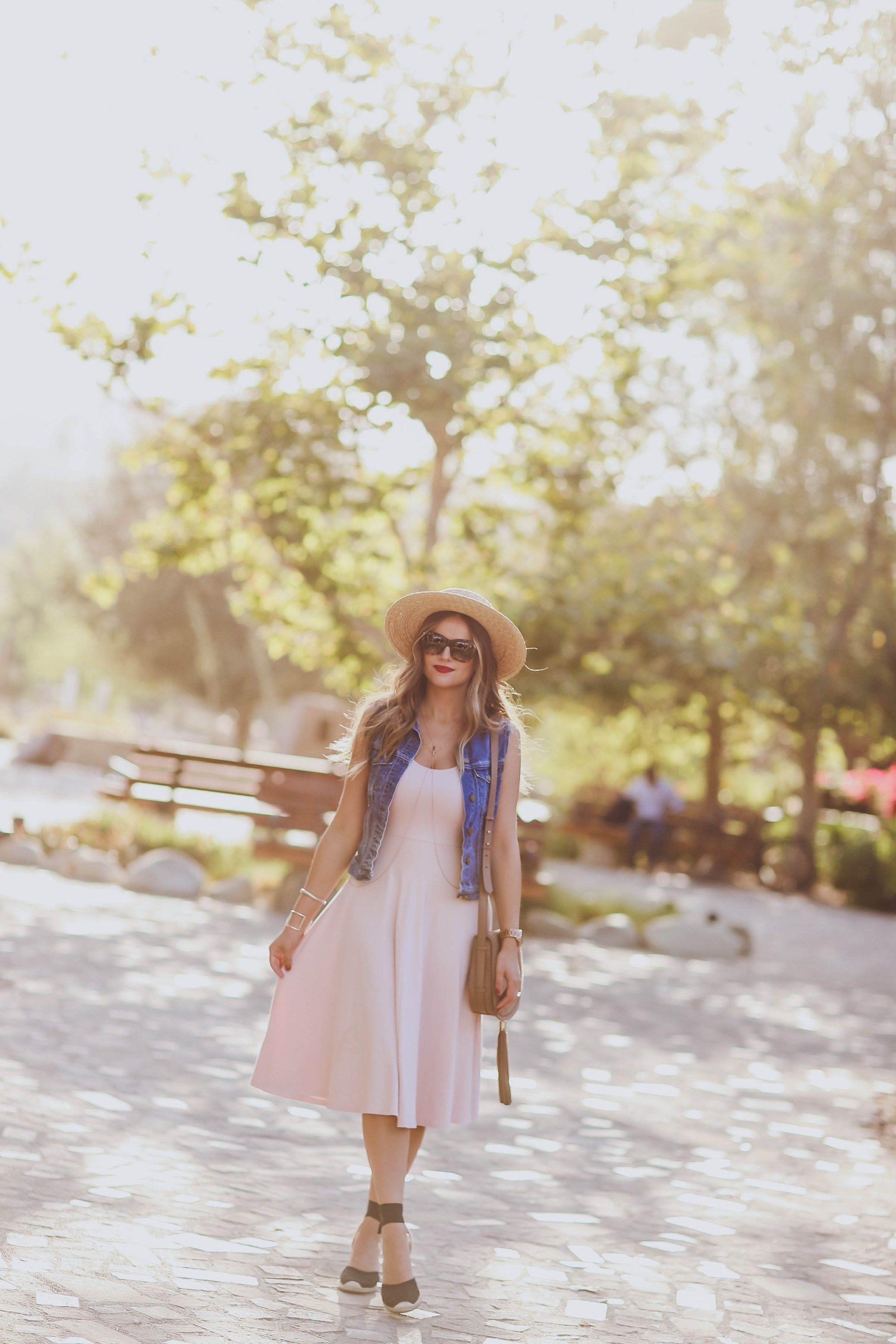 4b4cc67eb33  OOTD    Pink Midi Dress   Jean Jacket