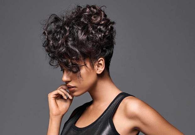 18 coiffures stylées pour les fêtes Maxi volumeCet