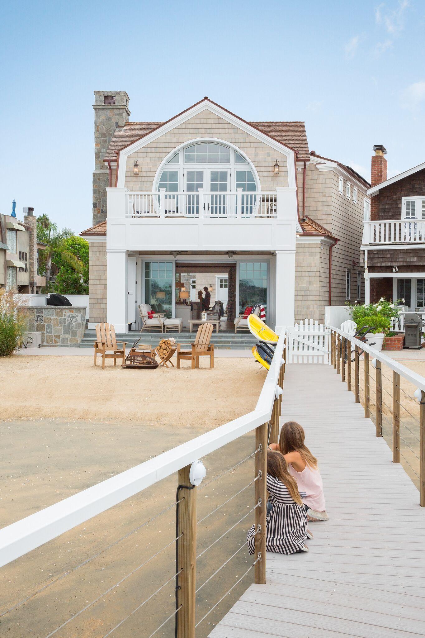 Balboa Beach House California On A Small Lot With Dock