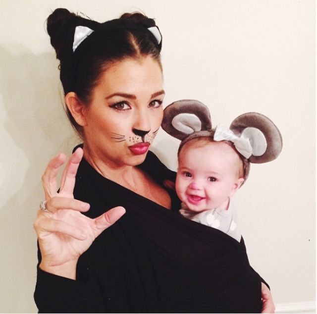 Get in the Halloween spirit with these costume ideas for babies! Cat u0026 Mouse  sc 1 st  Pinterest & How to Make Easy Inexpensive Halloween Mummy Treat Cups | Cat mouse ...