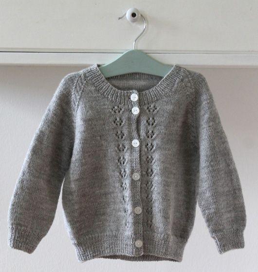 Viola´s cardigan 2-12 years Garn-iture knitting design