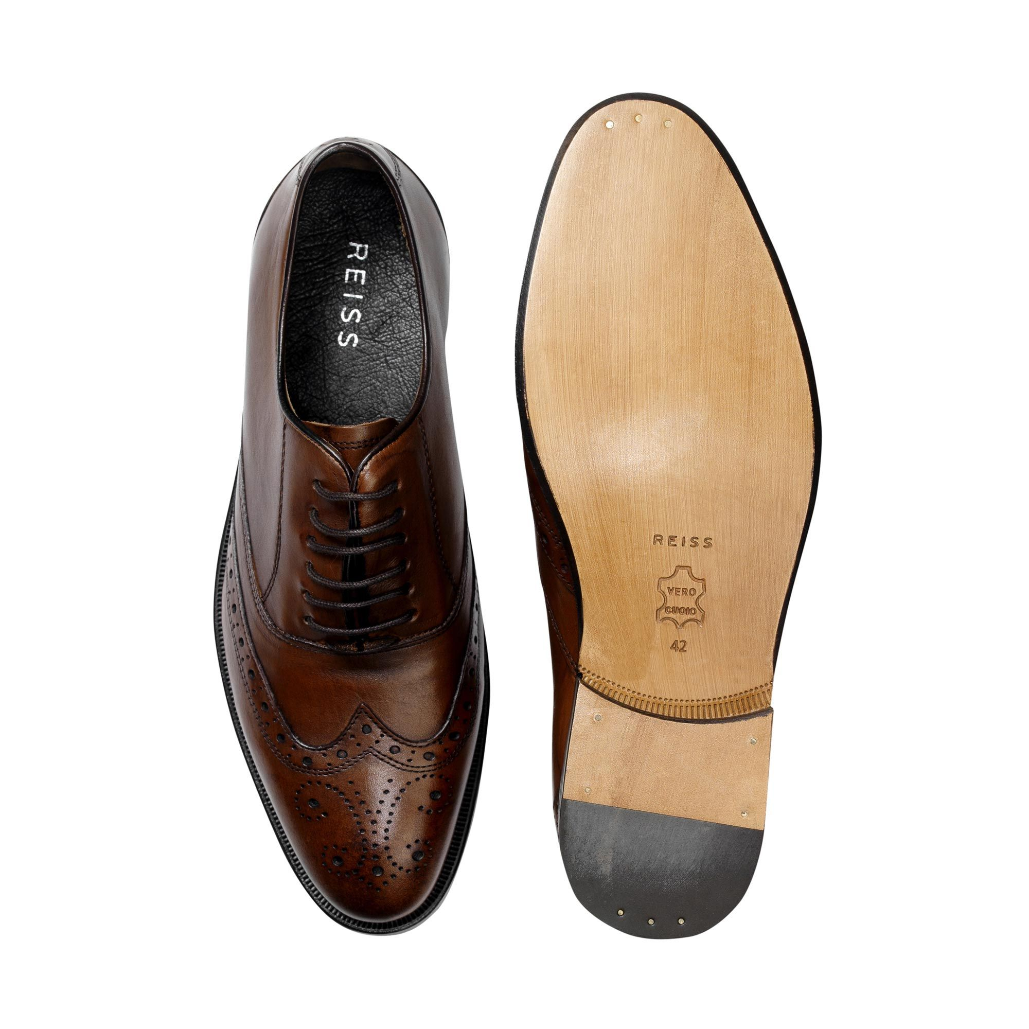 Brogue shoe | Mens designer shoes, Shoes, Gentleman shoes