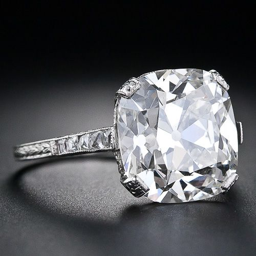 0dd1bccd2eea1 6 carats are ridiculous but I love the setting. :) 6.48 Carat ...