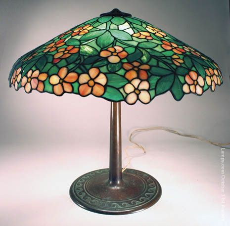 Suess apple blossom leaded glass lamp
