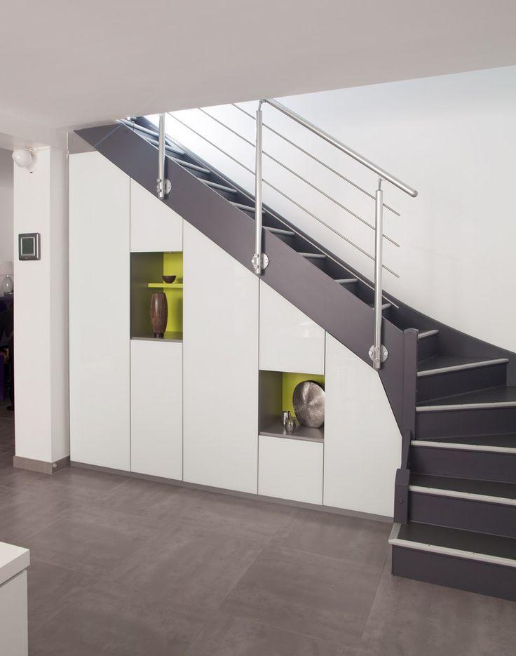 Placards Sur Mesure Sous Escalier En Melamine Blanc Virginie Charneau Blanc Charneau En Melamine Plac Home Stairs Design Escalier Design Stairs Design