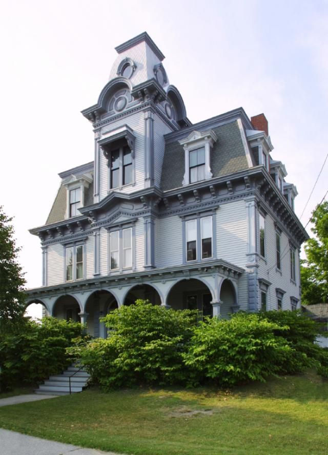 Victorian houses america from 1840 to 1900 empire style for Styles of homes built in 1900