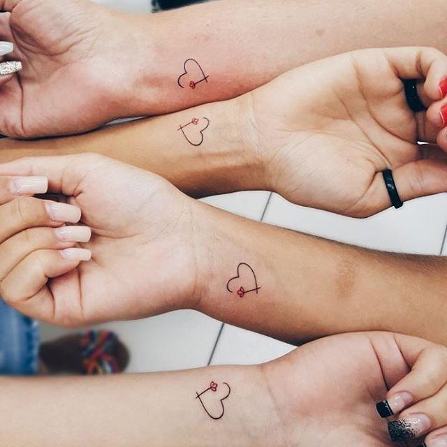 "RODRIGO TATTOO STUDIO on Instagram: ""• amigas • . . . #tattoos #tattoogirl #finelines #finelinetattoo #fineline #smalltattoo #ink #tattooartist #inspiration #inspirationtatto…"""