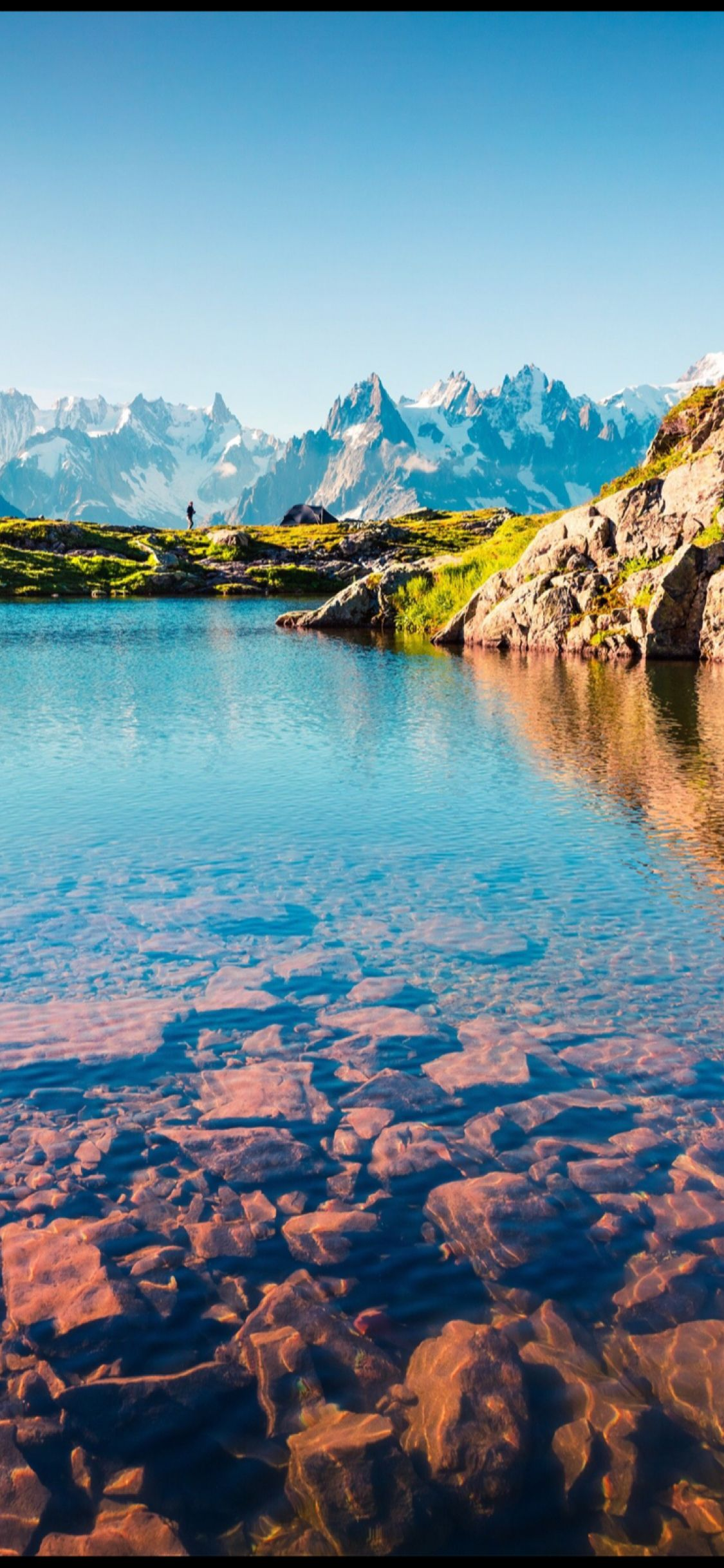 The Mountainous Lake Of Peace In 2019 Nature Wallpaper