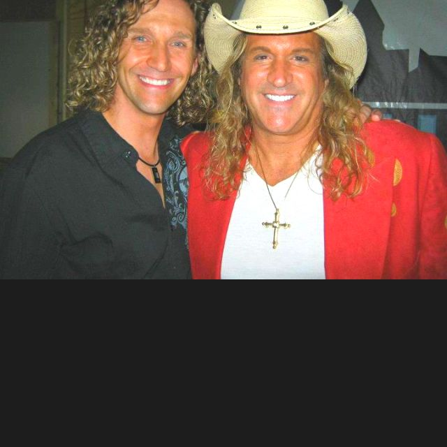 Our Tony Clark w/ country singer Doni Flanigan.:)<3