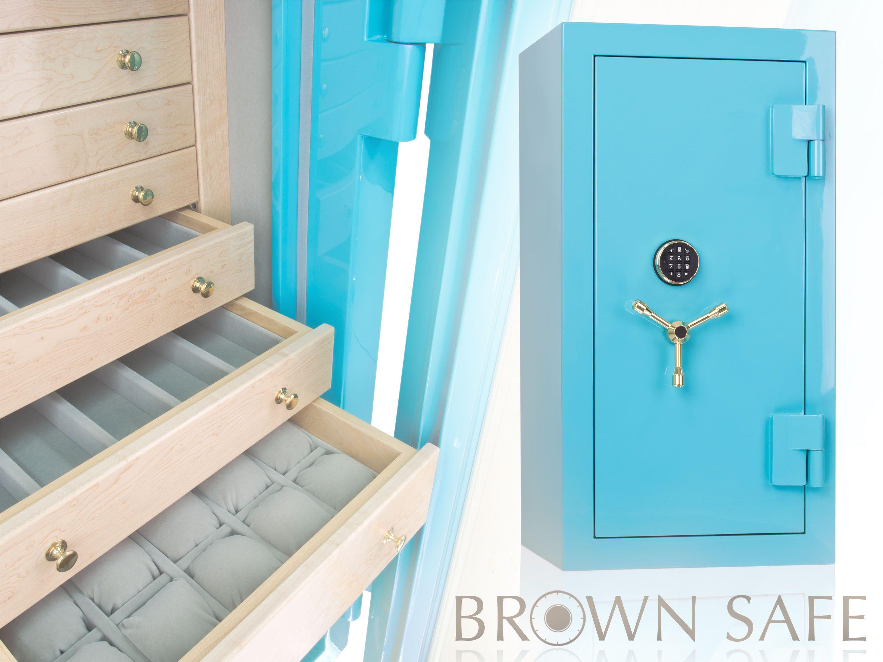 Custom luxury jewelry safe in Tiffany blue. Jewelry box ...