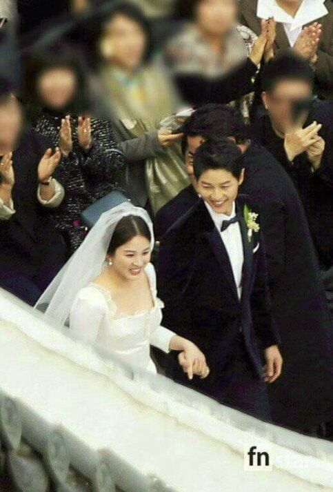 Fans Share Photos Of Song Joong Ki And Hye Kyos Private Wedding