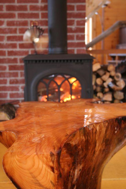Fabrication de table de salon avec racine d 39 arbre invers e for Fabrication de salon