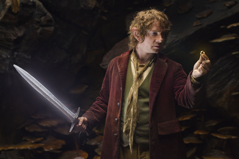 the-hobbit-bilbo-one-ring-sting.jpg (4896×3264)