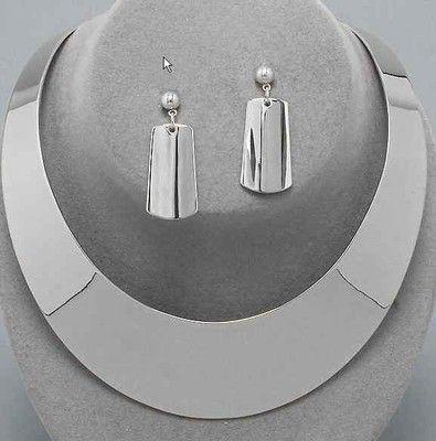 Must of the season! choker necklace high polish silver tone. uniklook.com 24.65$