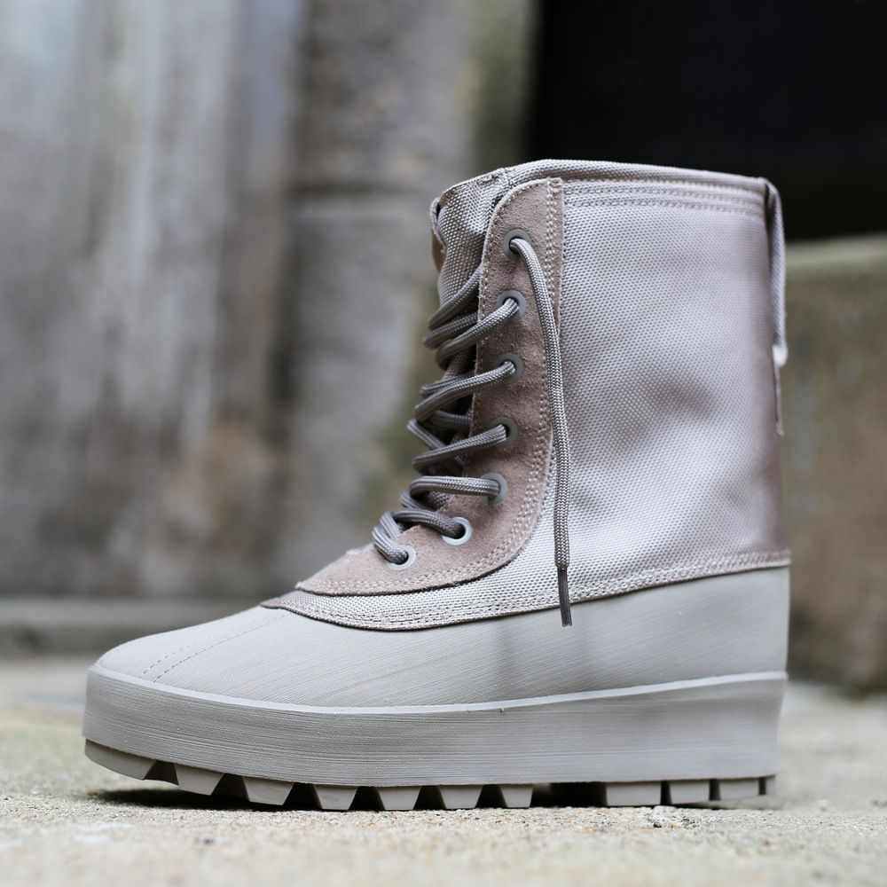 "brand new 8dead 303b6 ... Kanye West s Yeezy 950 Boot - ""Google"" paieška Limited Edition yeezy  boost 950 moonrock ..."