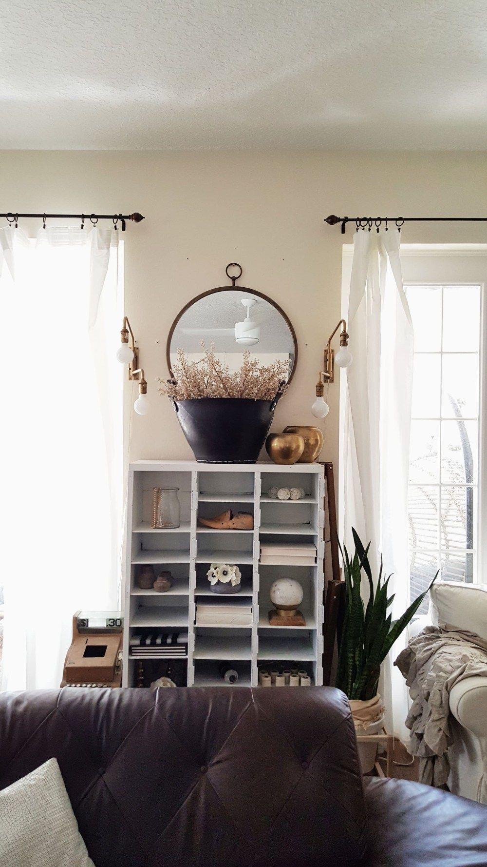 fall ing for vintage and modern decor black and white on beautiful modern black white living room inspired id=50902
