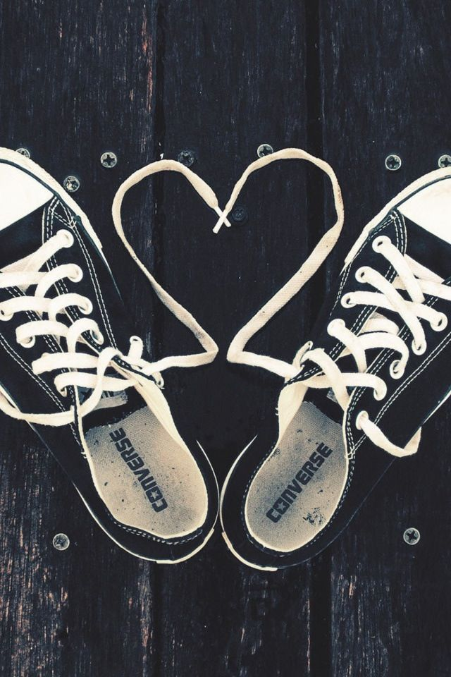 love sneakers and hearts. Love Converse Converse All Star a4c95ac2a