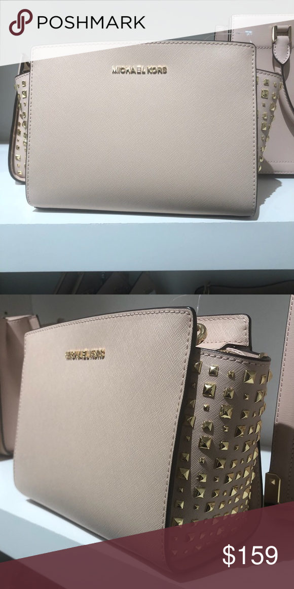 1518f37b49fc Michael Kors Medium messenger Stud Selma Handbag Brand new with tags..  color Ballet.