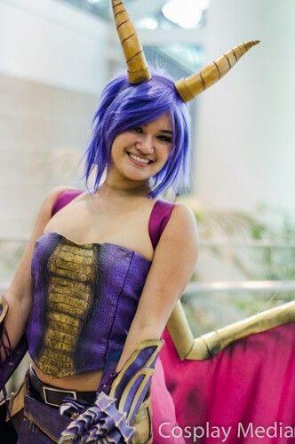 Spyro The Dragon Cosplay Halloween Costume Purple Hair Pregnant Halloween Costumes Pregnant Halloween Halloween Cosplay