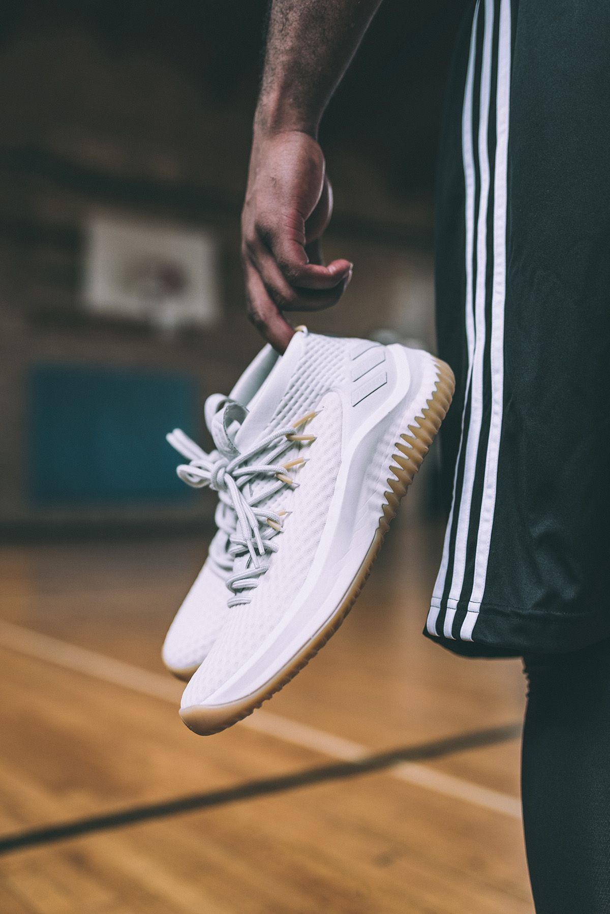 With NBA action set to start up soon, adidas Basketball have just announced  the sneaker that Damian Lillard will wear during the season, the Dame 4