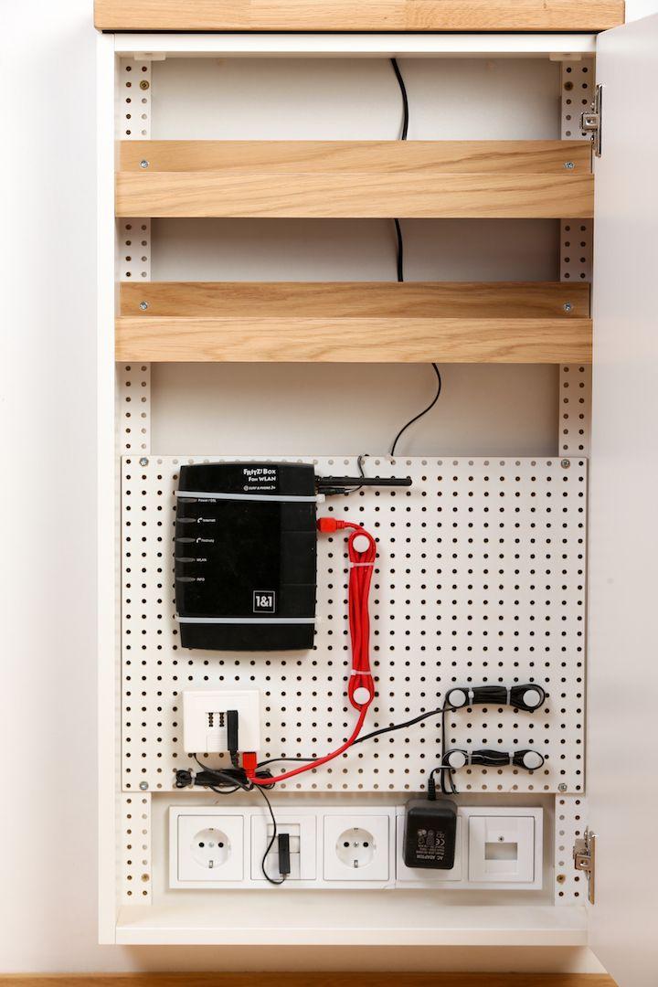 home aufbewahrung ordnung pinterest telefonschrank router verstecken und telefonanschluss. Black Bedroom Furniture Sets. Home Design Ideas