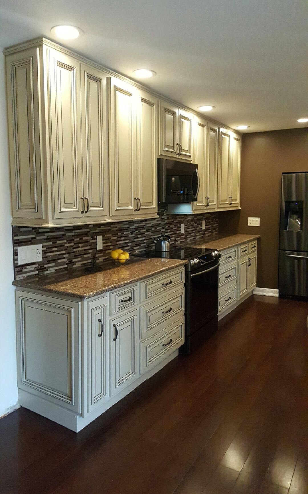Kitchen Renovation By Susan M Of Rochester Ny Replaced Them With Bargain Outlet Cupboards Cabinet Hardware Soft C Kitchen Renovation Kitchen Plans Kitchen