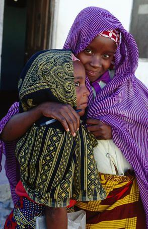Beautiful photos of Makua girls, Lower Bairro, Mozambique | © Tom Cockrem Lonely Planet #lp