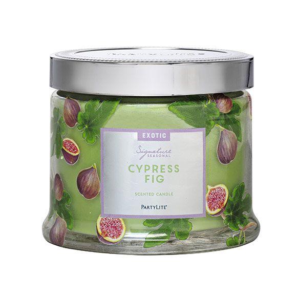 Sypressi & viikuna Tämä tuoksu on täynnä luonnon elinvoimaa: viikunan, katajanmarjan, bambun, pionin ja luumun aromeja ja häivähdys metsän raikkautta.
