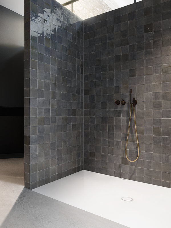 Made Of Superior Kaldewei Steel Enamel Using State Of The Art Technology The Shower Creates A Unique Feel Good