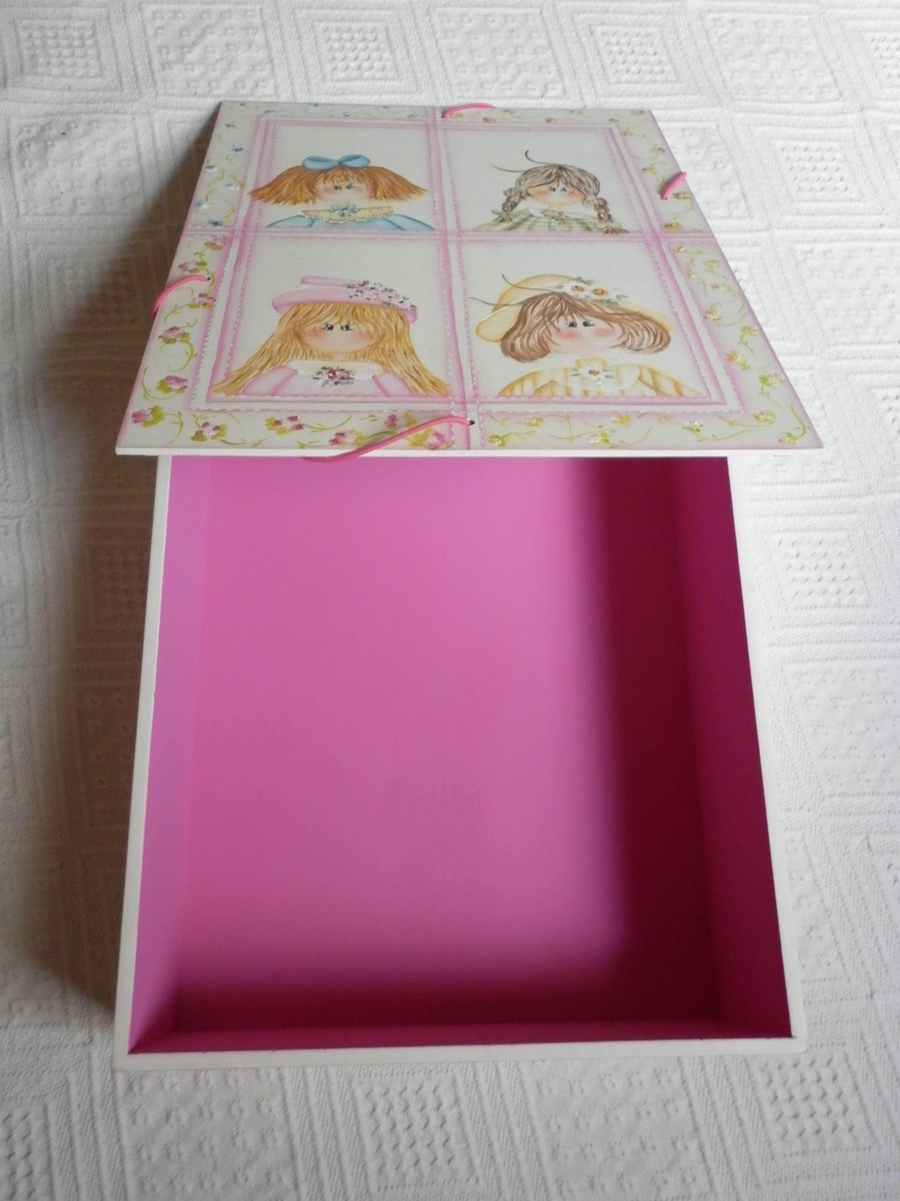caixa pasta pintada a mão parte interna