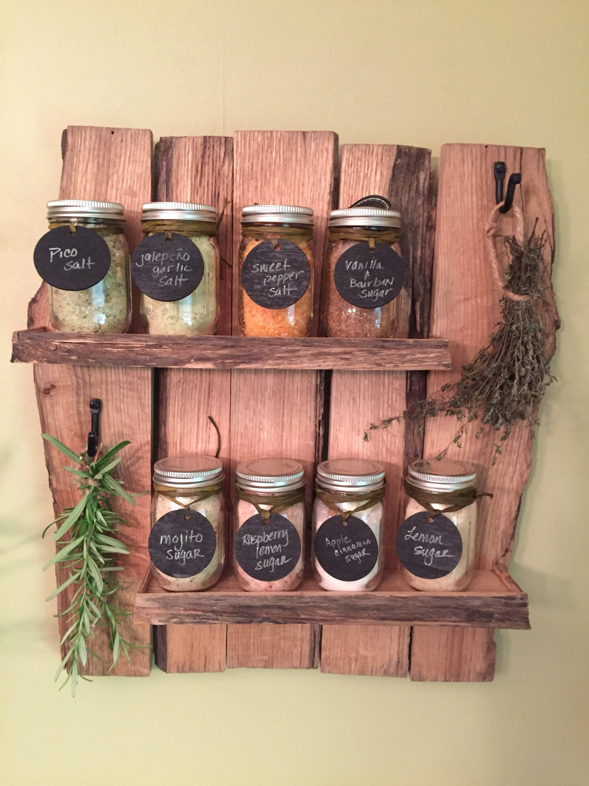 16 Practical Handmade Spice Rack Ideas That Will Help You ...